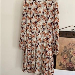 Beautiful long sleeved floral dress